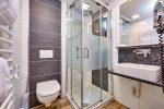komfort-zweibettzimmer-badezimmer